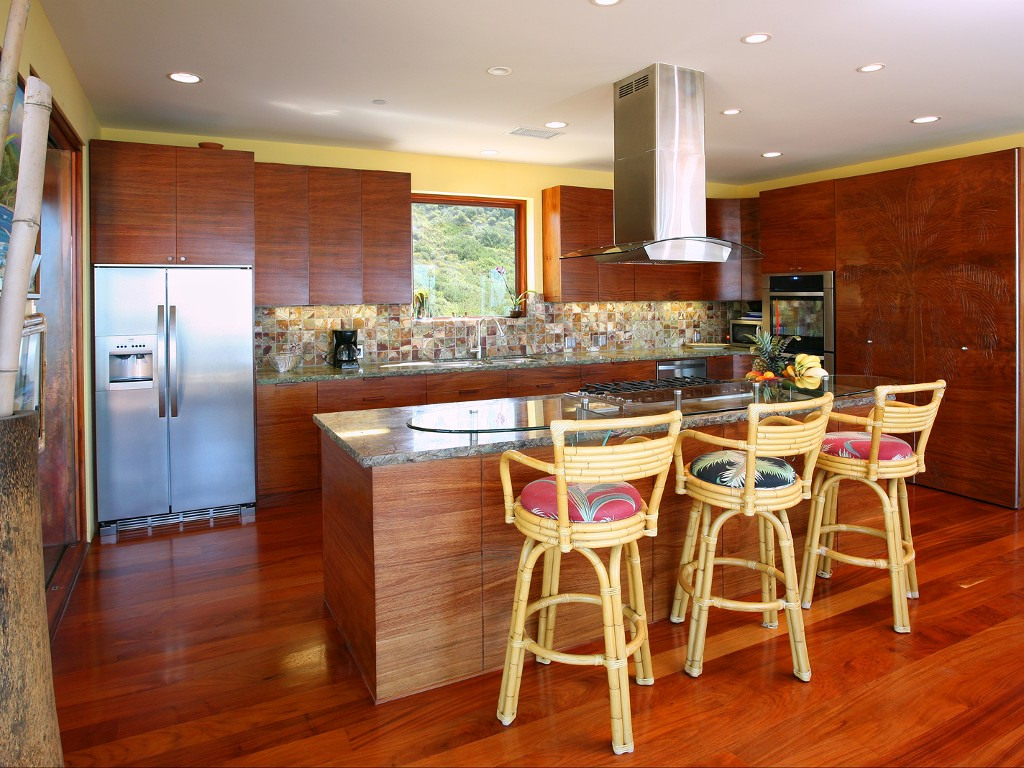 Koa Wood - Kitchen - Laguna Beach